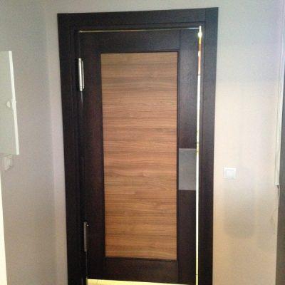 Durvis viens attēls (16)
