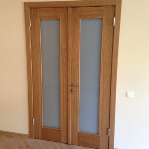 Durvis viens attēls (25)