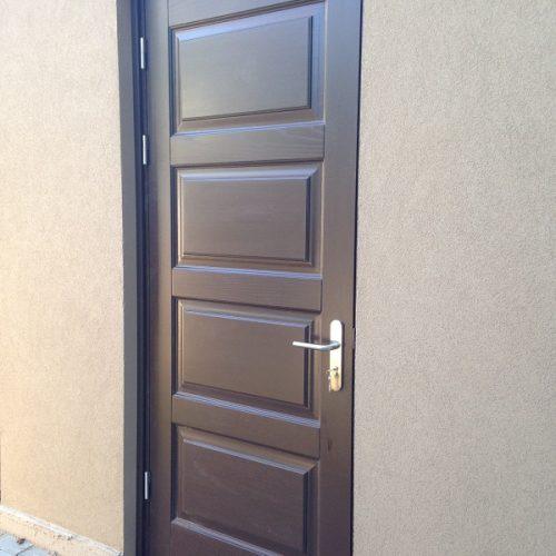 Durvis viens attēls (29)