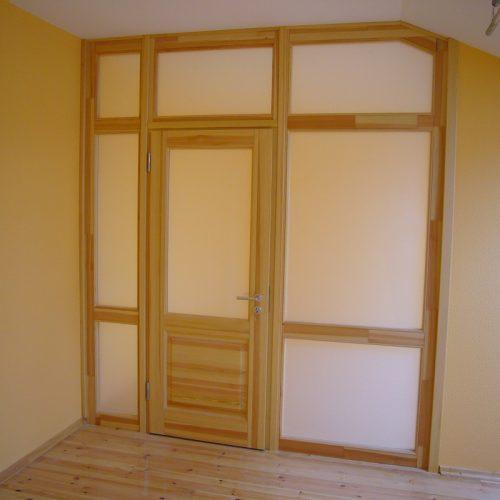Durvis viens attēls (34)