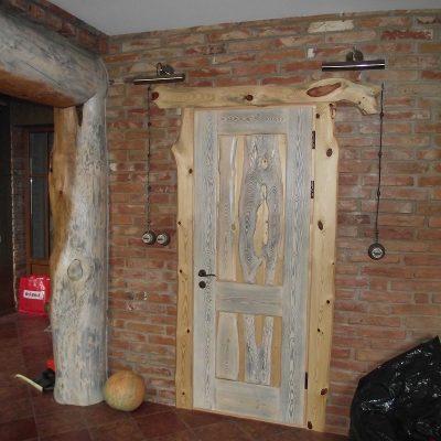 Durvis viens attēls (36)