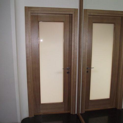 Durvis viens attēls (38)