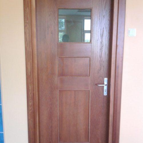 Durvis viens attēls (6)