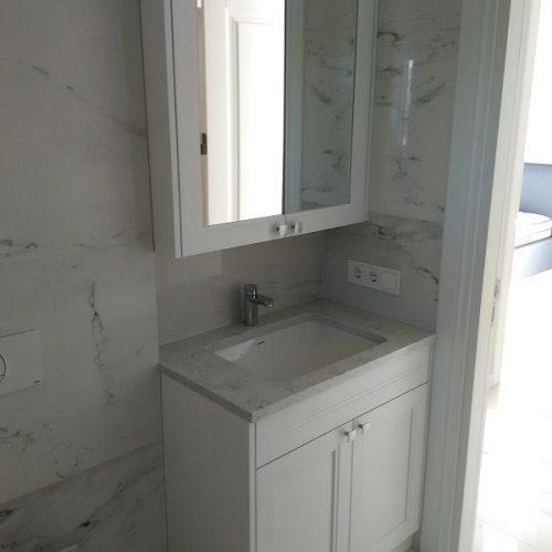 Gaiša vannas istaba (7)